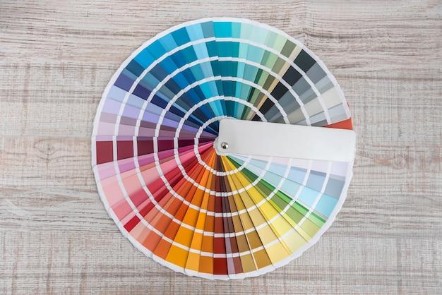 Wzornik kolorów, próbki palet spektralnych, katalog do barwienia, papier tęczowy wielokrotnego wyboru