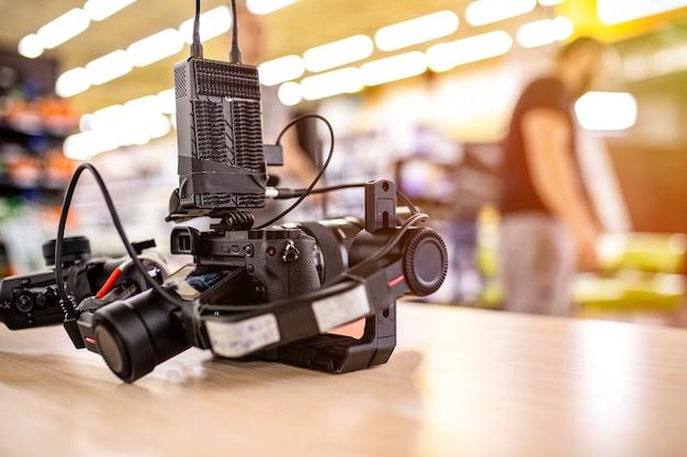 Za kulisami produkcji wideo lub kręcenia filmów
