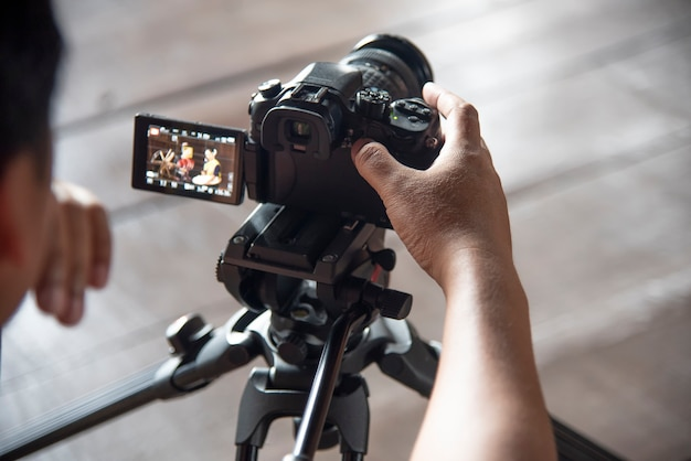 Za sceną kino aparat fotograficzny pracuje