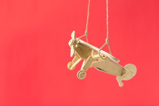 Zabawkarski samolot z bliska