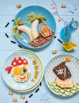 Zabawne, urocze pirackie śniadanie dla dzieci chłopców