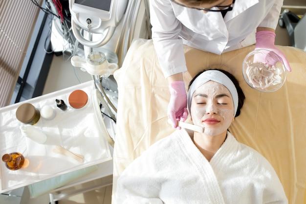 Zabiegi kosmetyczne w salonie spa