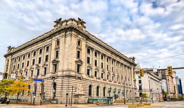 Zabytkowy budynek sądu i poczty w cleveland w stanie ohio, stany zjednoczone