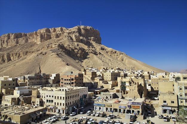 Zabytkowy dom w mieście seiyun, hadhramaut, jemen