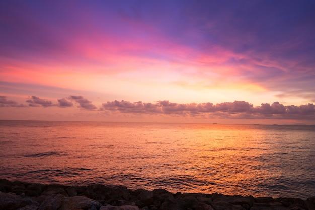 Zachód słońca krajobraz