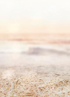 Zachód słońca na tle produktu plaży