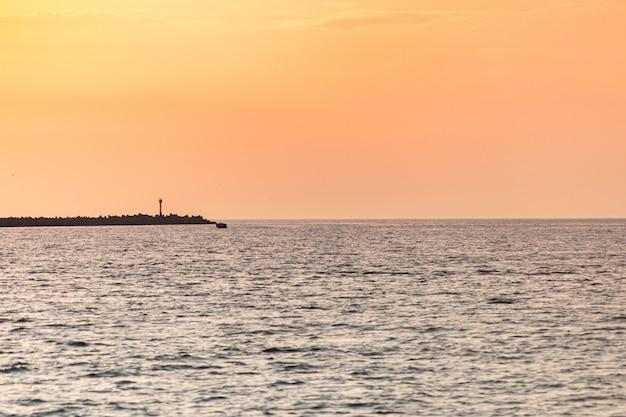 Zachód słońca nad molo