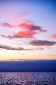 Zachód słońca w los angeles, usa