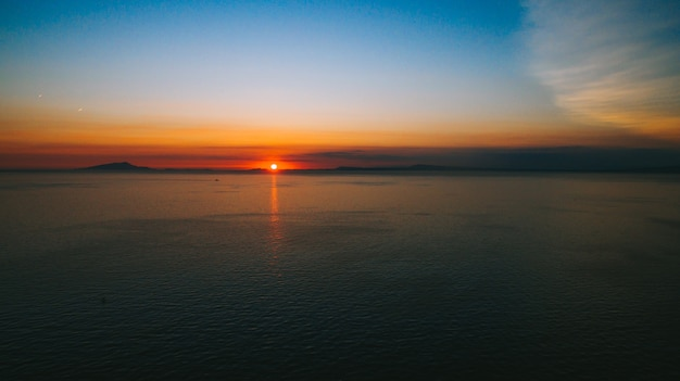 Zachód słońca wulkanu