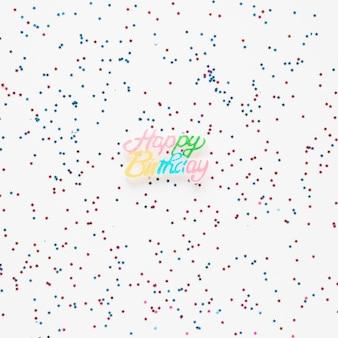 Zadowolony urodziny napis z kolorowymi konfetti