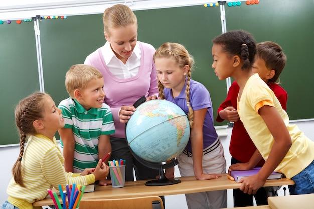 Zainteresowani studenci w świecie