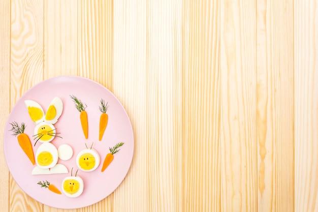 Zajączek i jaja kurze dla dzieci z marchewką