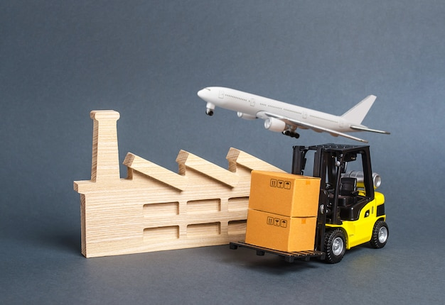 Zakłady przemysłowe i infrastruktura transportowa. transport towarów i produktów, fracht