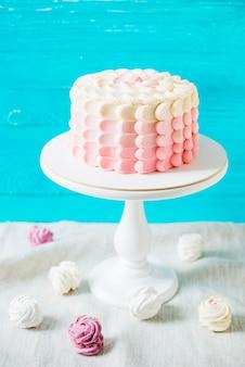 Zakończenie ślubny tort