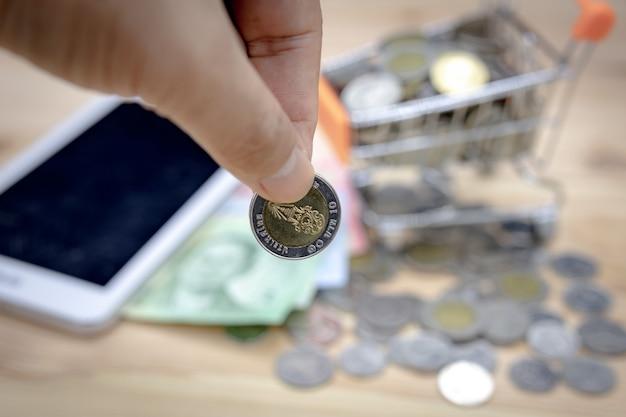 Zakończenie 10 bahtów moneta, tajlandzkiego bahta ostrość