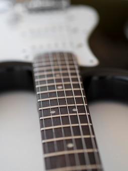 Zakończenie widok piękna gitara