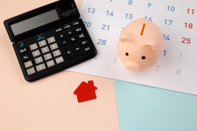 Zakup nowego domu, przypomnienie o harmonogramie spłaty kredytu hipotecznego lub dzień spłaty nieruchomości