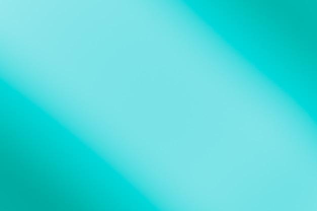 Zamazany niebieski kolor. ukośne zaciemnienie z lewej i prawej strony.