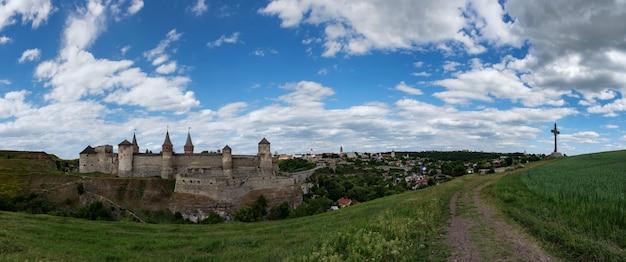 Zamek kamieniec podolski na ukrainie