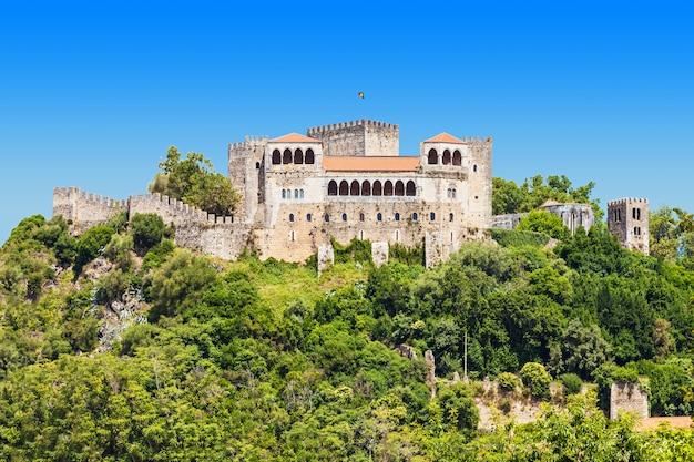 Zamek leiria to zamek w mieście leiria w portugalii
