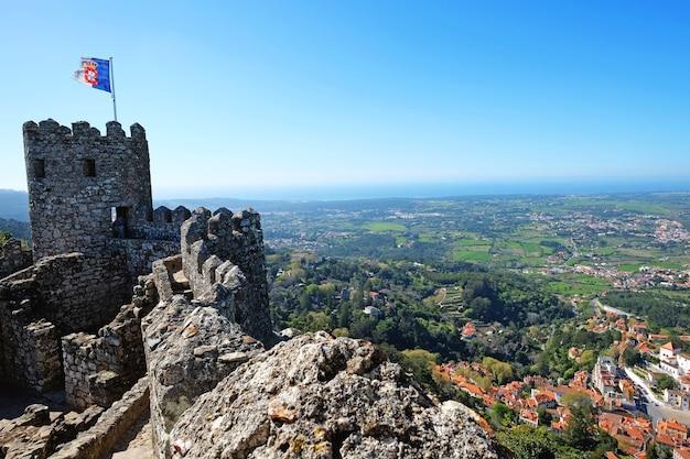 Zamek maurów, sintra, portugalia, lato