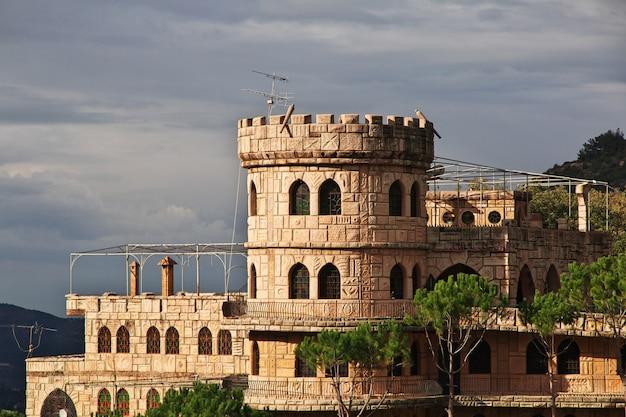 Zamek moussa w libanie