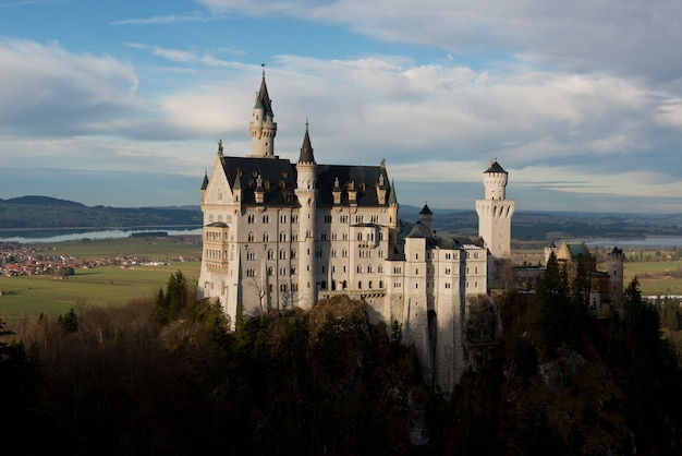 Zamek neuschwanstein w bawarii