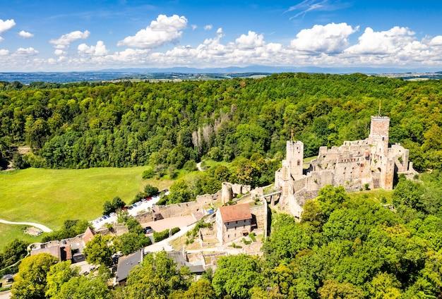 Zamek roetteln w loerrach - schwarzwald, badenia-wirtembergia, niemcy