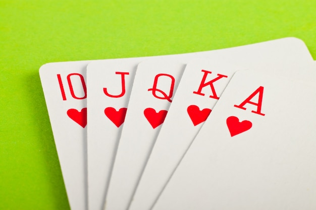 Zamknij karty do pokera królewskiego