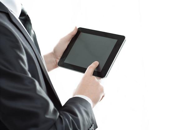 Zamknij się.biznesmen dotykając ekranu cyfrowego tabletu.zdjęcie z miejscem na kopię