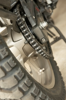 Zamknij się z łańcucha motocykli