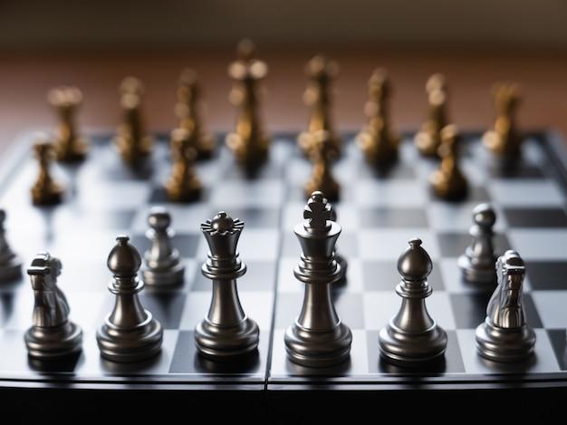 Zamknij się z szachownicy na stole