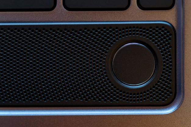 Zamknij się zdjęcie przycisku czytnika linii papilarnych laptopa