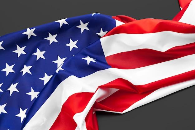 Zamyka up flaga amerykańska usa na równinie