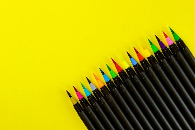 Zaopatrzenie plastyków długopisy do akwareli