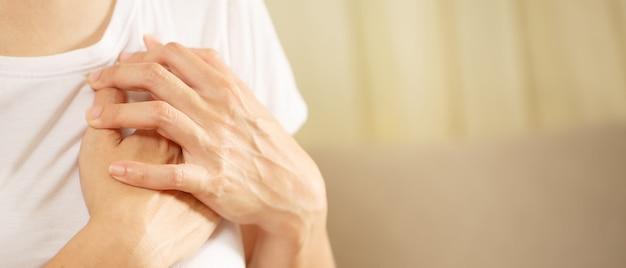 Zapalenie mięśnia sercowego i osierdzia związane ze szczepieniem covid-19 istnieje szansa
