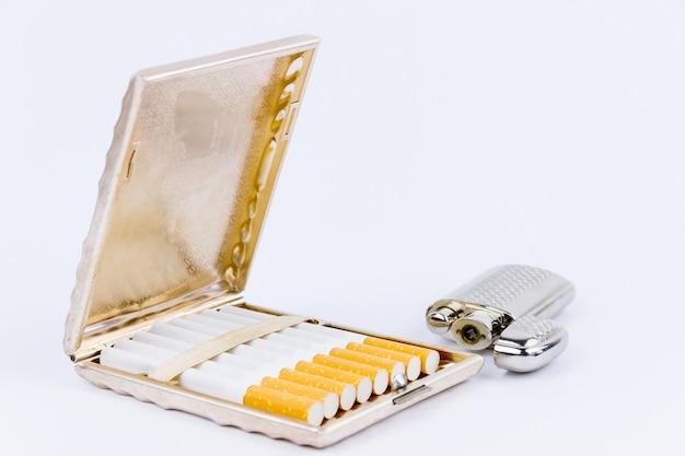 Zapalniczka i etui na cygara
