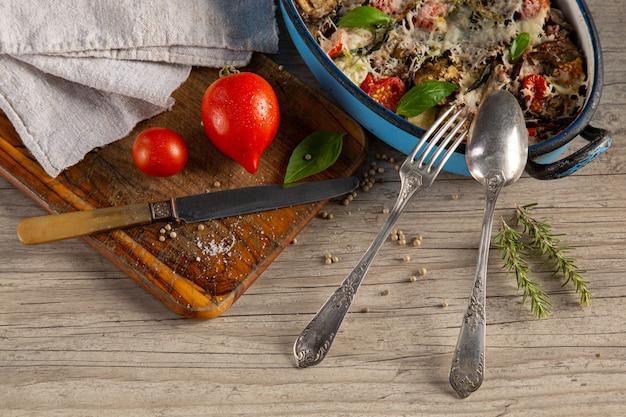 Zapiekanka jarzynowa w naczyniu
