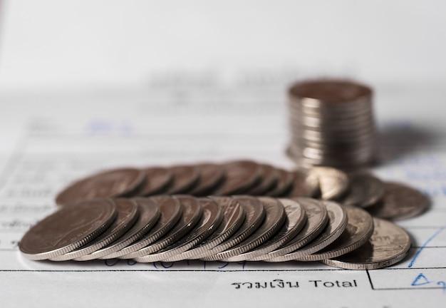 Zapisz pojęcie pieniędzy