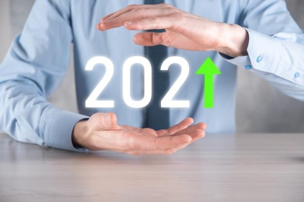 Zaplanuj pozytywny wzrost biznesu w koncepcji roku 2021