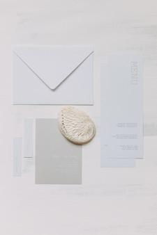 Zaproszenia ślubne white flatley marine pomysł na wydruk kaligrafii ślubnej na białym tle