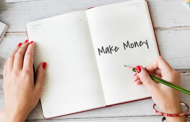 Zarabiaj pieniądze koncepcja zarabiania pieniędzy