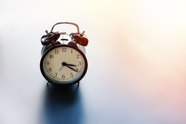 Zarządzanie czasem pracy równowagi koncepcji budzik z miejsca na kopię