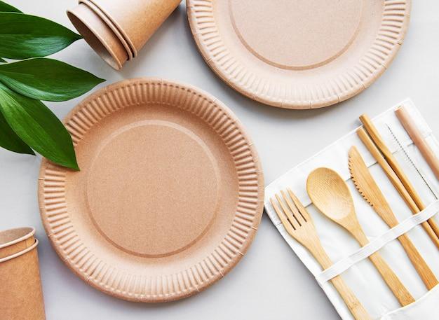 Zastawa stołowa z recyklingu