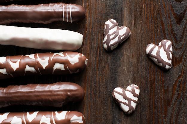Zbiór różnych ciasteczek czekoladowych