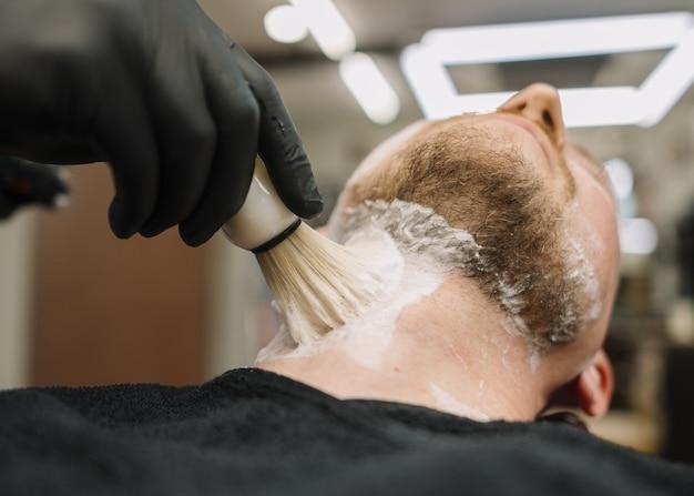 Zbliżenie fryzjer sklep shopcept