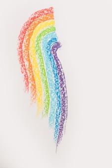Zbliżenie gradientu tęczy wykonane z pastelowego kredy w proszku pigmentu