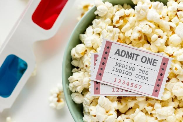 Zbliżenie koncepcji rozrywki kina i filmu