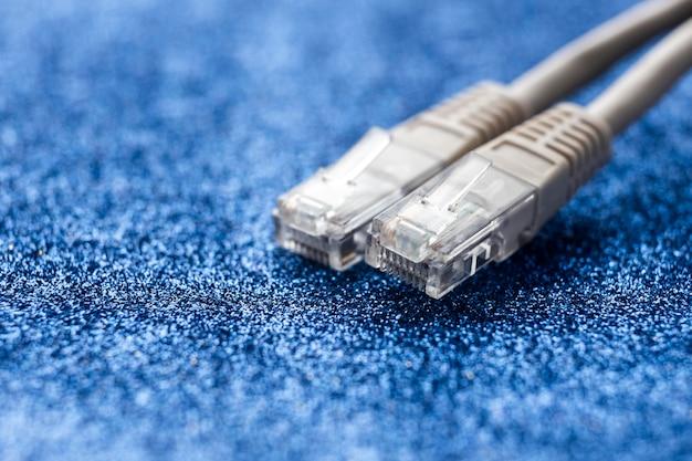 Zbliżenie na kable ethernet