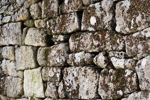 Zbliżenie na kamienną ścianę. wysokiej jakości zdjęcie